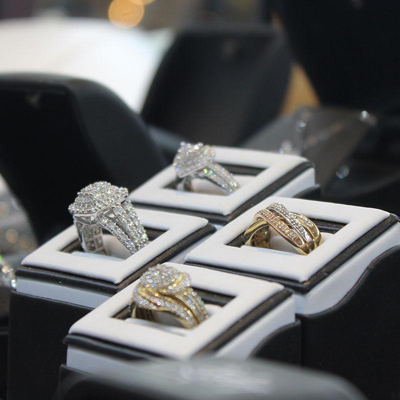 Daniels-Jewelers-2