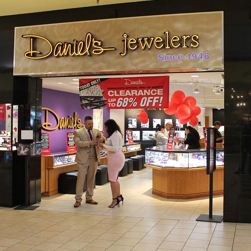 Daniels-Jewelers-3